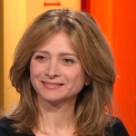 "Yazbek's The Crossing is ""a little gem"" – says La grande librairie's journalist, France 5's TV cultural show"